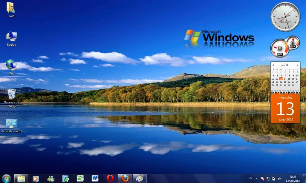 Escritorio Windows 7 con gadgets