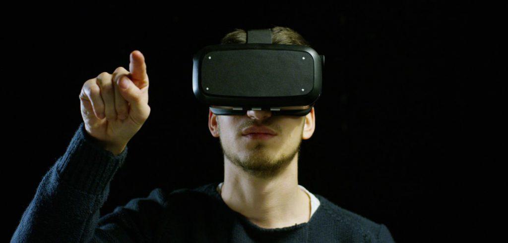 Usando las gafas de realidad virtual